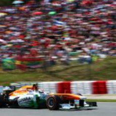 Adrian Sutil escaló cinco posiciones tras la salida del GP de España 2013