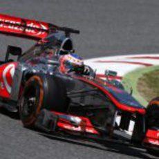 Jenson Button salvó los muebles en Barcelona