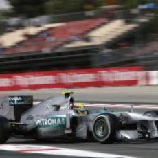 Lewis Hamilton realiza un stint con el compuesto medio