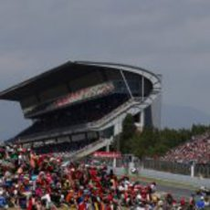 Valtteri Bottas pasa por la recta de meta de Montmeló