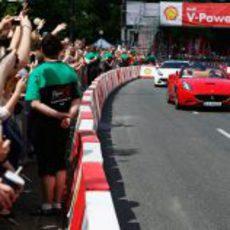 Los aficionados disfrutando de Felipe Massa