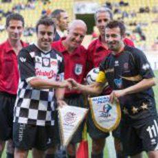 Fernando Alonso y Max Biaggi, los capitanes
