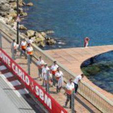 Día de 'pitwalks' en Mónaco