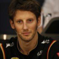 Romain Grosjean estuvo en la rueda de prensa de la FIA