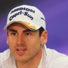 Adrian Sutil asistió a la rueda de prensa de la FIA