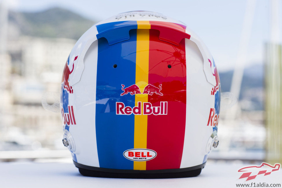 Plano trasero del casco de Jean Eric Vergne para Mónaco