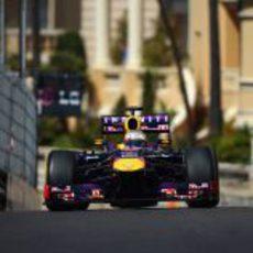 Sebastian Vettel en la subida al Casino