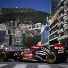 Kimi Räikkönen rueda con el compuesto blando