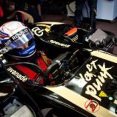 Romain Grosjean, listo para salir al asfalto