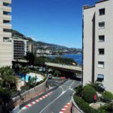 Max Chilton ataca cada piano del circuito de Mónaco