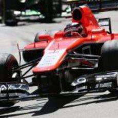 Jules Bianchi rueda con los superblandos para mejorar sus tiempos