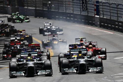 Salida de Nico Rosberg y Lewis Hamilton en Mónaco