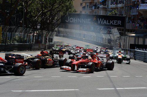 Salida de Fernando Alonso en el GP de Mónaco 2013