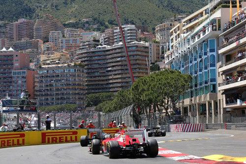 Felipe Massa inicia su remontada a través de la parrilla