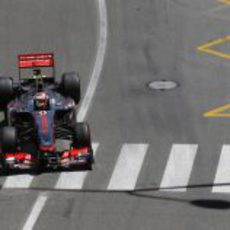 Sergio Pérez abandonó en las últimas vueltas del GP de Mónaco