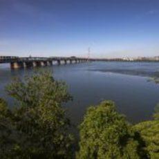 Paisaje precioso del puente de Montreal