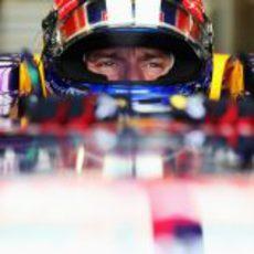 Mirada de concentración de Mark Webber