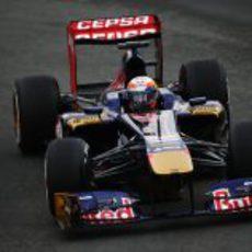 Jean Eric Vergne se acerca a los límites del circuito Gilles Villeneuve