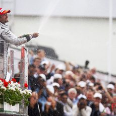 Barrichello celebra el tercer puesto