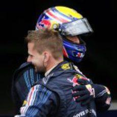 Webber logra la pole