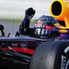 Sebastian Vettel gana en Canadá tras 70 vueltas