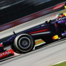 Sebastian Vettel avanza implacable en Montreal