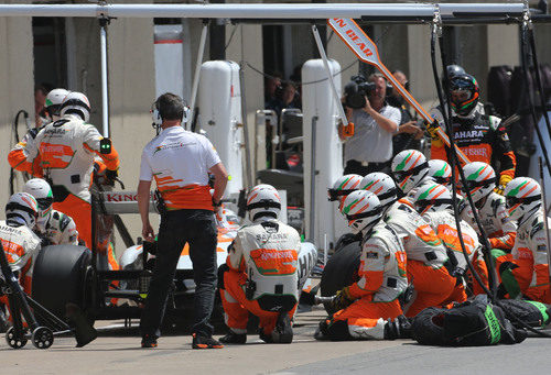 Buen 'pit-stop' para Adrian Sutil