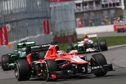 Jules Bianchi completa su 'stint' con el compuesto medio
