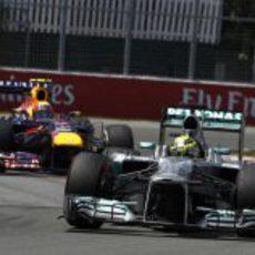 Nico Rosberg progresó en la salida del GP de Canadá