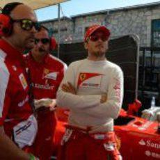 Giancarlo Fisichella preparado para meterse en el F60