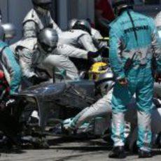 Parada para Lewis Hamilton en Alemania