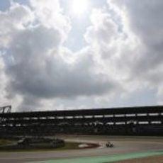 Charles Pic afronta la última curva de Nürburgring