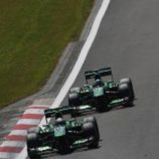 Giedo van der Garde y Charles Pic ganaron a Marussia