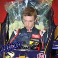 Daniil Kvyat se prepara para subirse al Toro Rosso