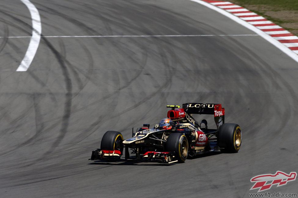 Romain Grosjean avanza con el compuesto blando en Nürburgring