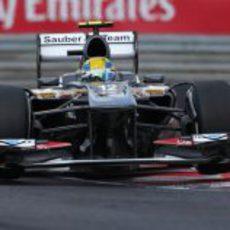Esteban Gutiérrez afronta la 'chicane' de Hungaroring