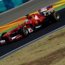 Fernando Alonso exprime los blandos