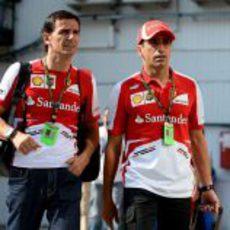 Marc Gene y Pedro de la Rosa llegan al circuito