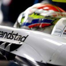 Primer plano de Pastor Maldonado en el fw35