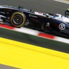 Valtteri Bottas exprime los neumáticos blandos