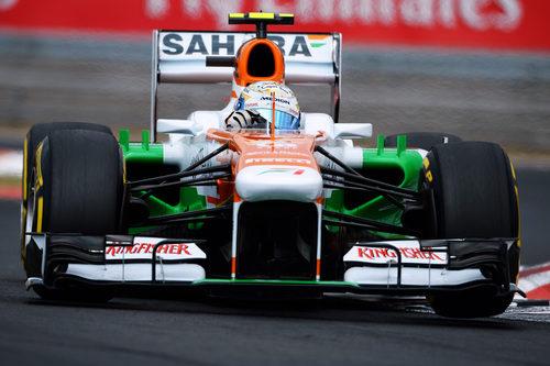 Adrian Sutil intenta enmendar su mala salida