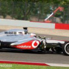 Jenson Button y su McLaren en el 'F1 2013'