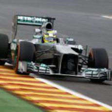 Nico Rosberg rueda con el W04 en Bélgica