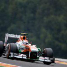 Adrian Sutil tuvo buen ritmo en los entrenamientos