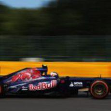 Daniel Ricciardo pone fin a los Libres 2 en Spa