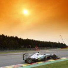 El sol brilla para Lewis Hamilton