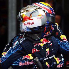 Los pilotos de Red Bull se abrazan