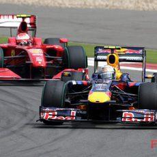 Vettel presionado por Massa