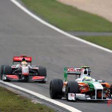 Fisichella por delante de Hamilton