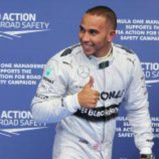 ¡Pole para Lewis!